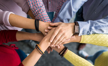 Wir arbeiten Hand in Hand mit unseren kompetenten Partnern.