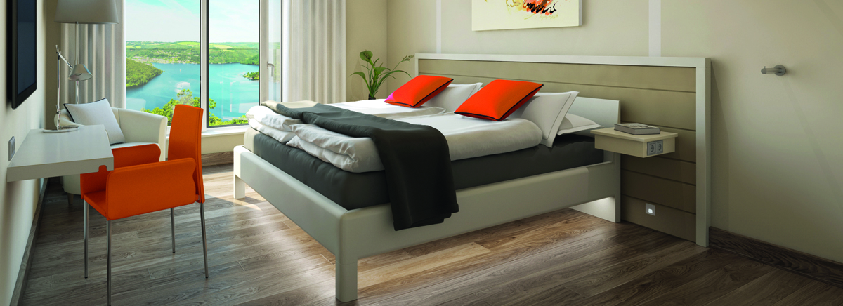 Modernes Hotelzimmer mit kontrastreicher Gestaltung © gabana
