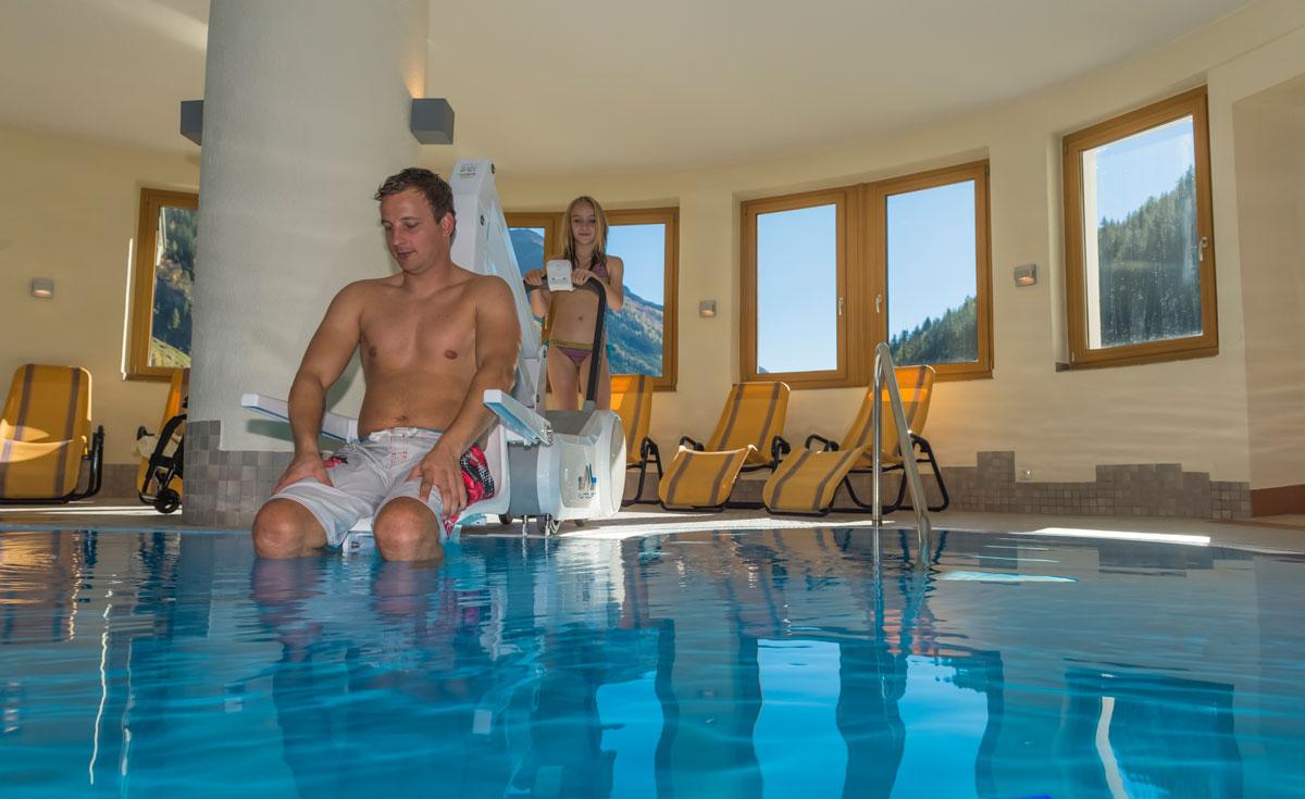 Hallenbad im Hotel Weisseespitze im Kaunertal